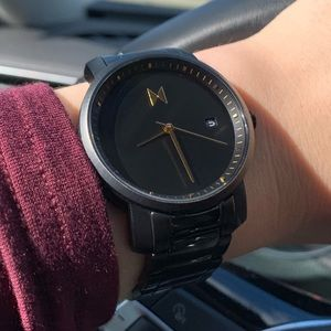 MVMT Black watch only worn Two times!!